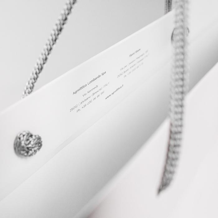 sacchetto personalizzabile di carta bianca